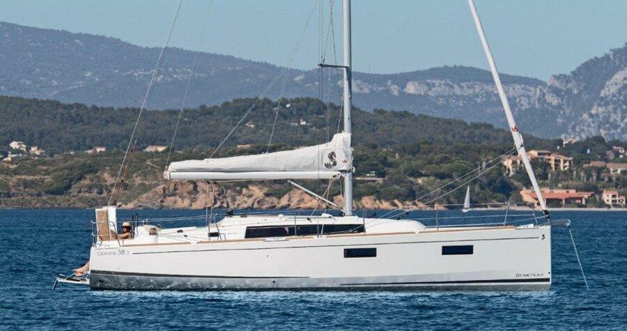 Oceanis 38.1 (PHILYRA )  - 5