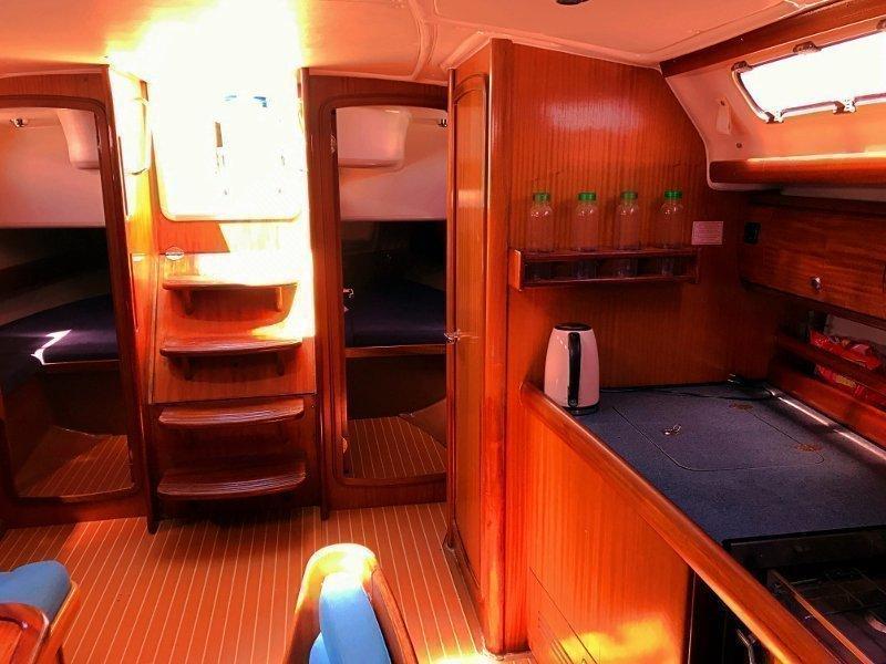 Bavaria 44 - Sails 2017 chartplotter in cockpit (Tatinja )  - 2