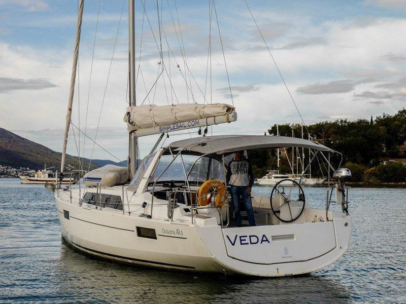 Oceanis 41.1 (Veda)  - 12