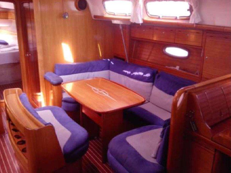 Bavaria 46 Cruiser (Chloe)  - 24