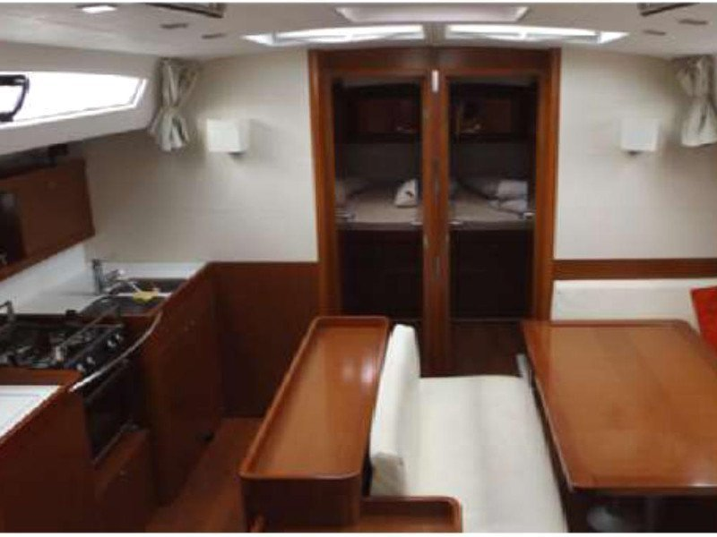 Oceanis 50 Family (In Compliance) Interior image - 9