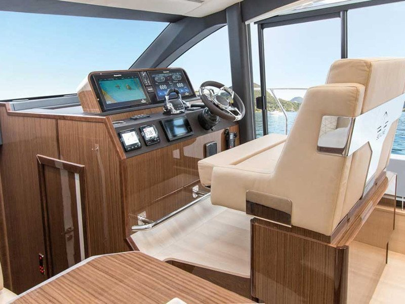 Sealine F430 (BLUE LAGOON) Interior image - 11