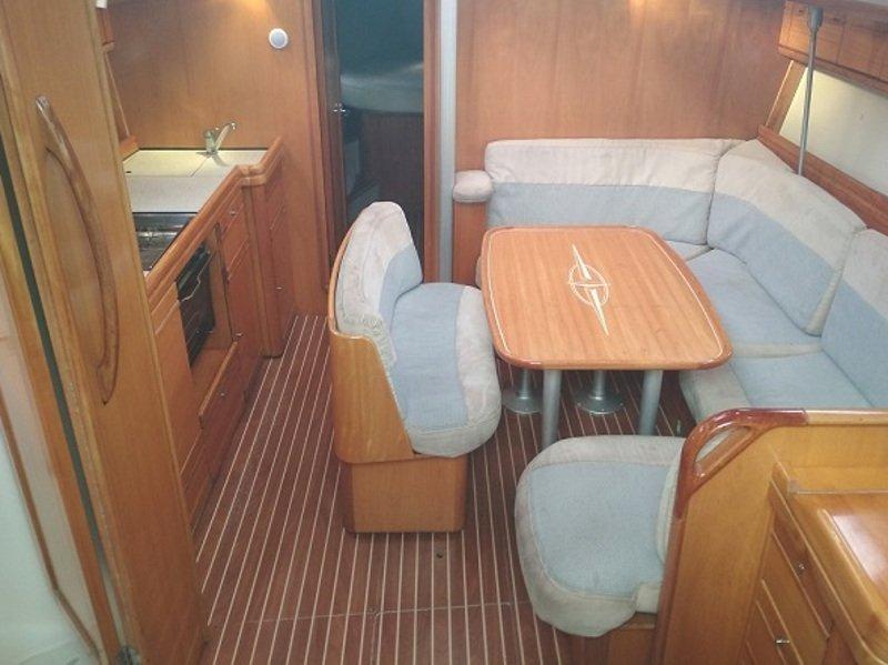 Bavaria 40 Cruiser (Ili Billy) Interior image - 8