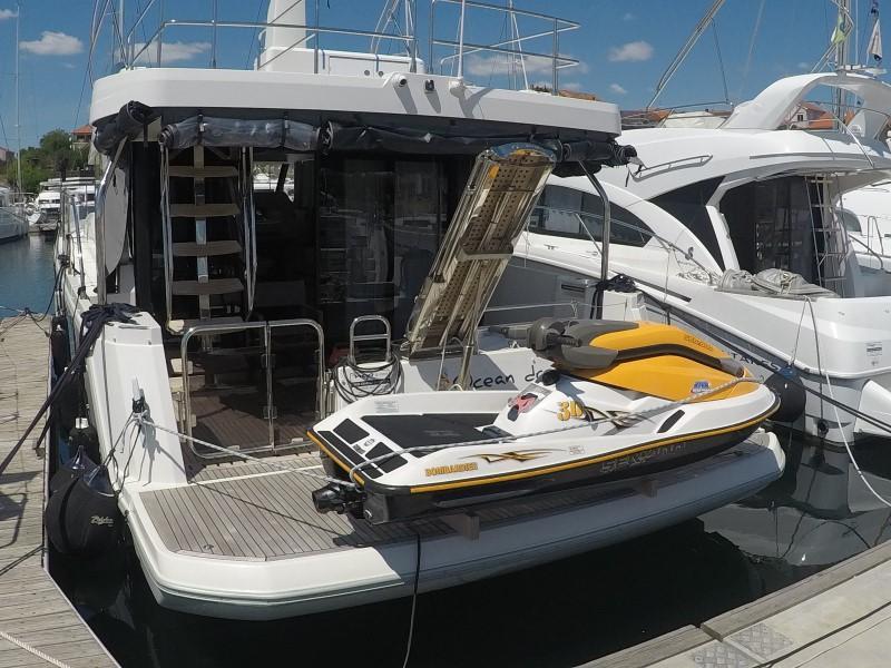 Beneteau S. Trawler 47 (Ocean dreamer (Joystick controller, Jet ski - option with extra charge)) Swift Trawler 47 - 16