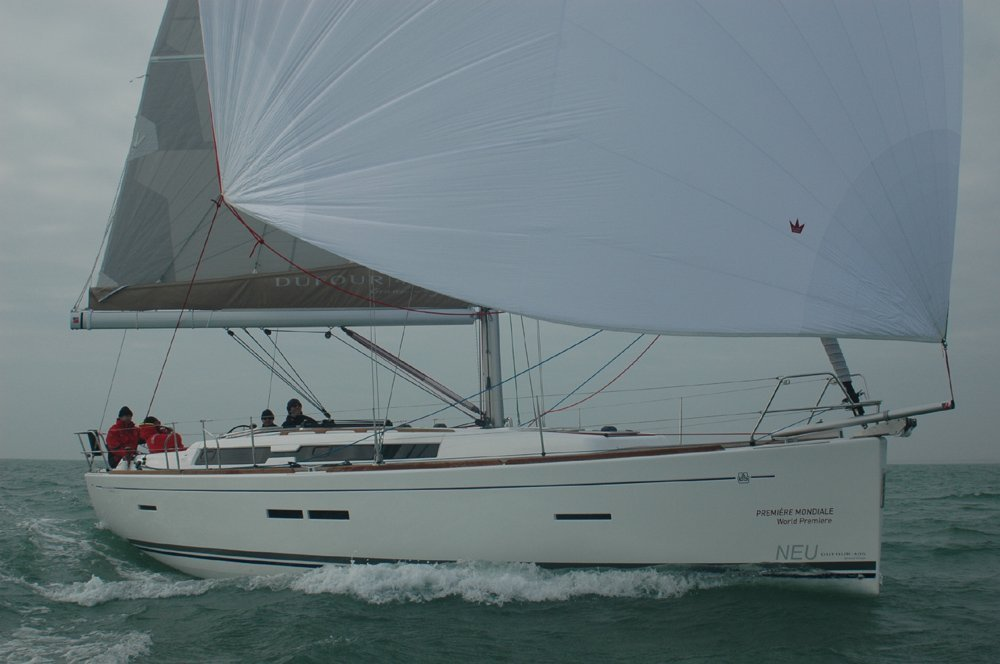 Dufour 405 Grand Large (Ricarda) outside spi - 7