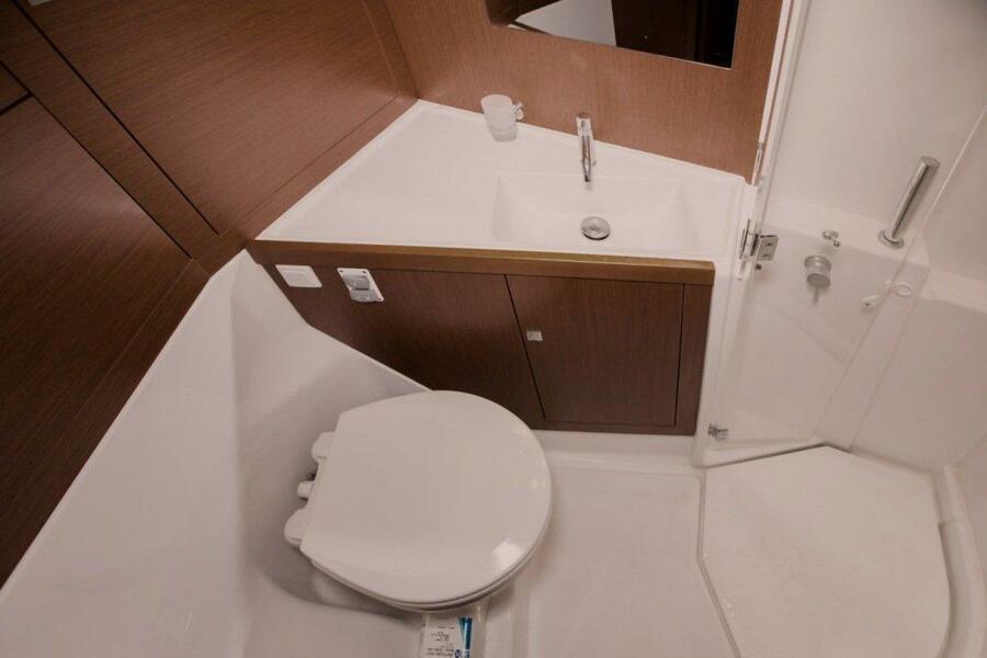 Oceanis 38 (3 cabins) (Salsa) Bath - 10