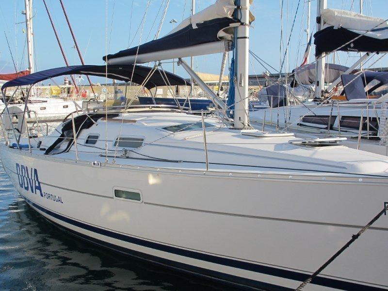 Oceanis 323 (PARALELO)  - 2