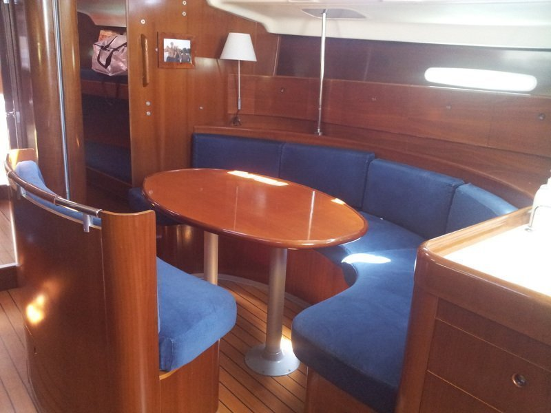 Beneteau First 47.7 (WINDSONG) Interior image - 1