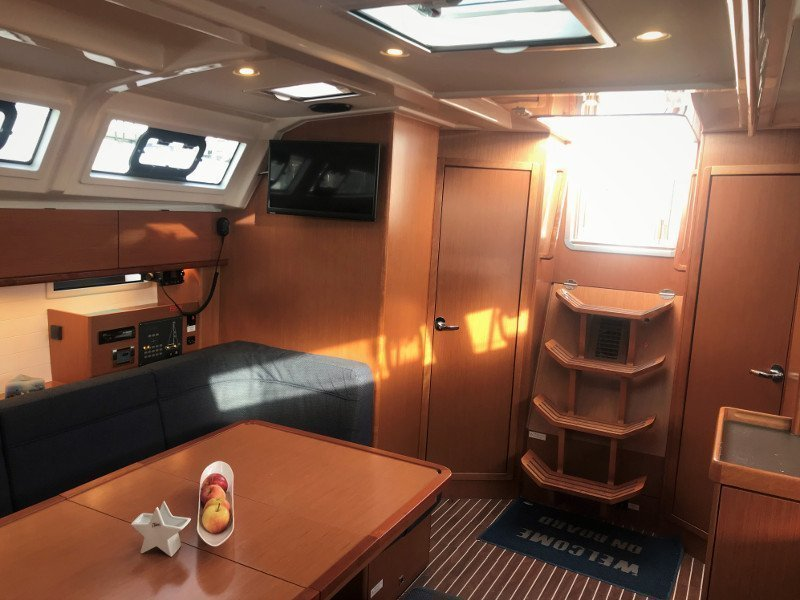Bavaria 46 Cruiser (Adriana7 AC shore power, underwater light)  - 8