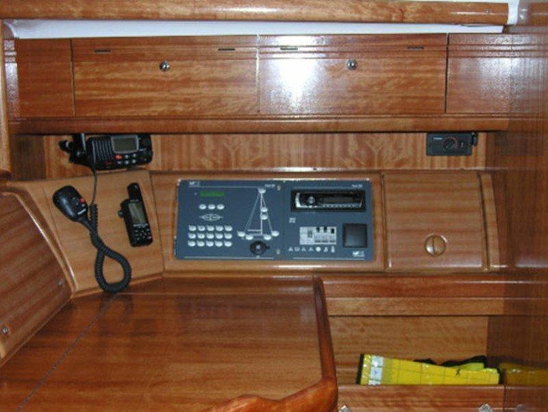 Bavaria 37 Cruiser (Mio)  - 10