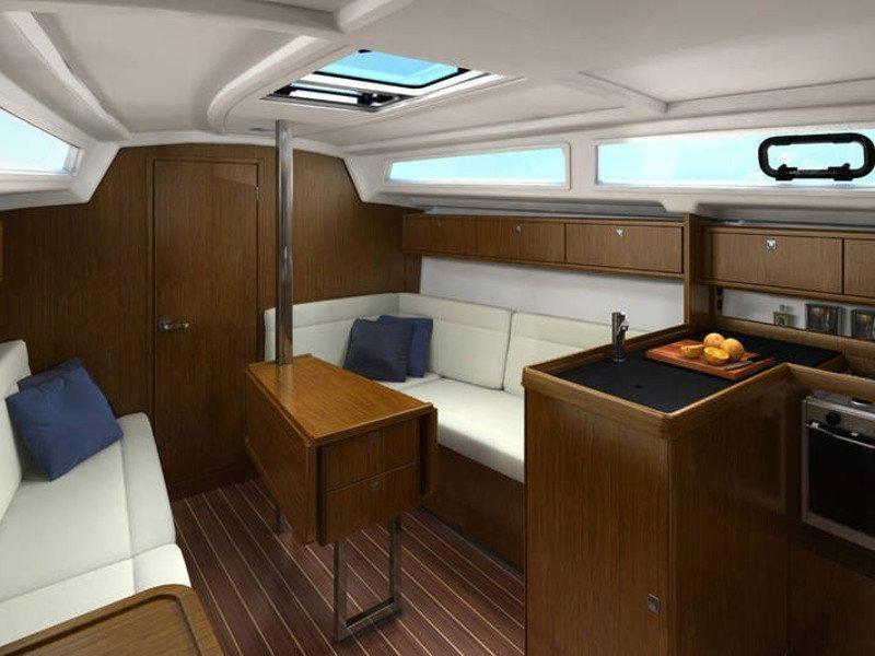Bavaria Cruiser 33 (Leeroy) Interior image - 3