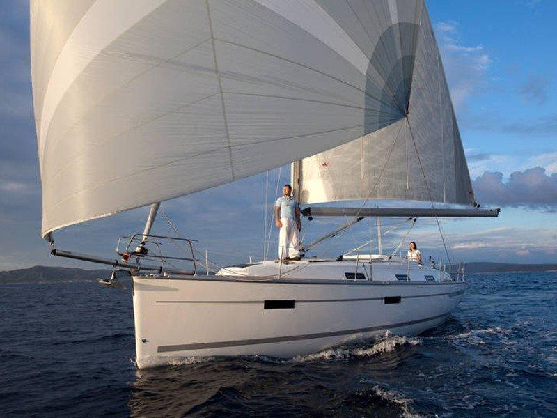 Bavaria Cruiser 36 (Kathy Cool)  - 5