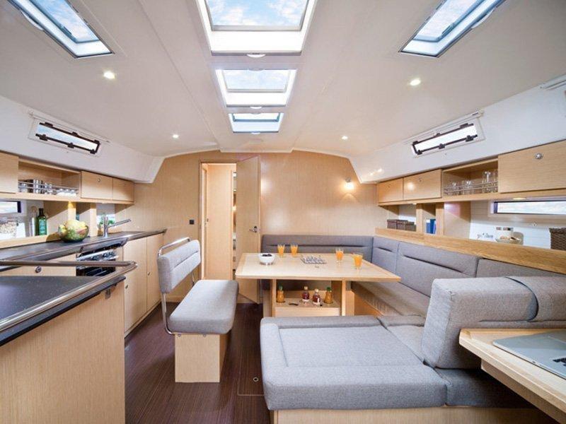Bavaria Cruiser 45 (Provence) Interior image - 5