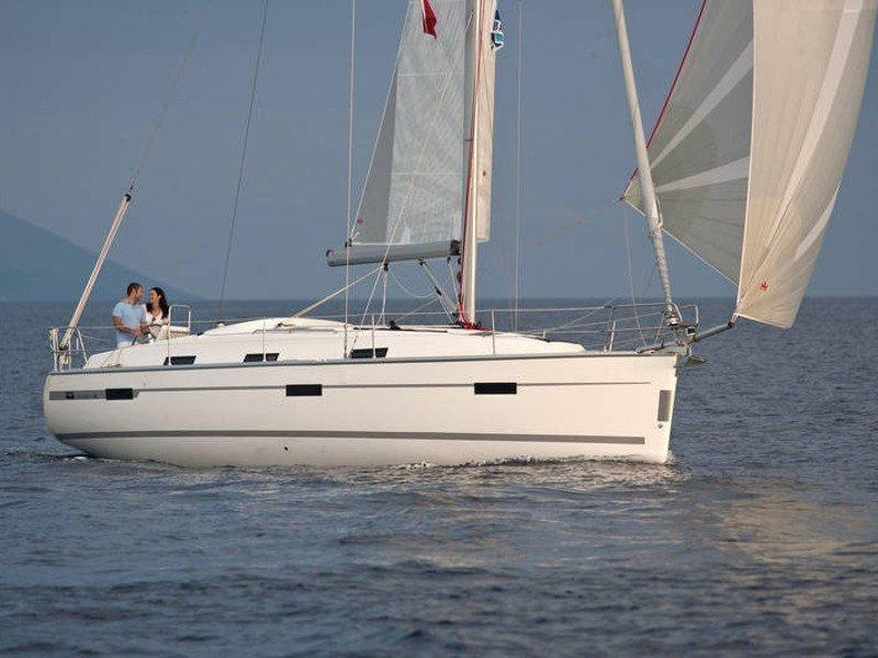 Bavaria Cruiser 37 (Las Cevenas)  - 7