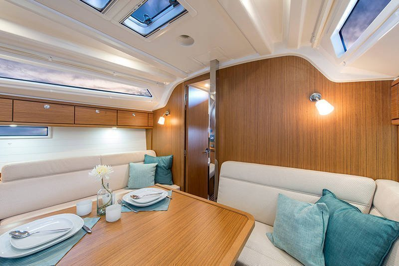 Bavaria Cruiser 37 (Las Cevenas)  - 5