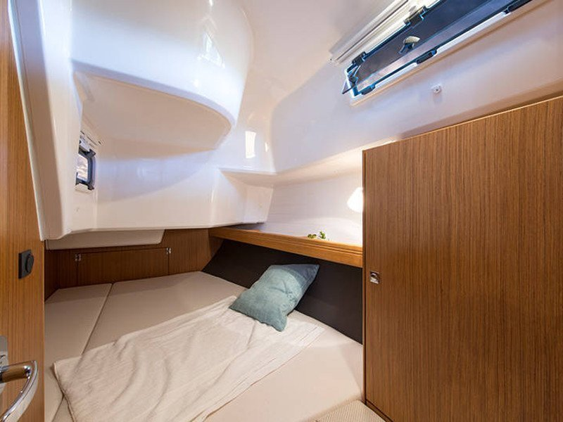 Bavaria Cruiser 37 (Las Cevenas)  - 2
