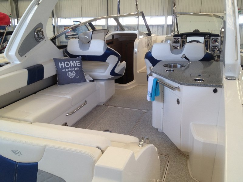 Chaparral 327 SSX (Relaxer) Interior image - 7