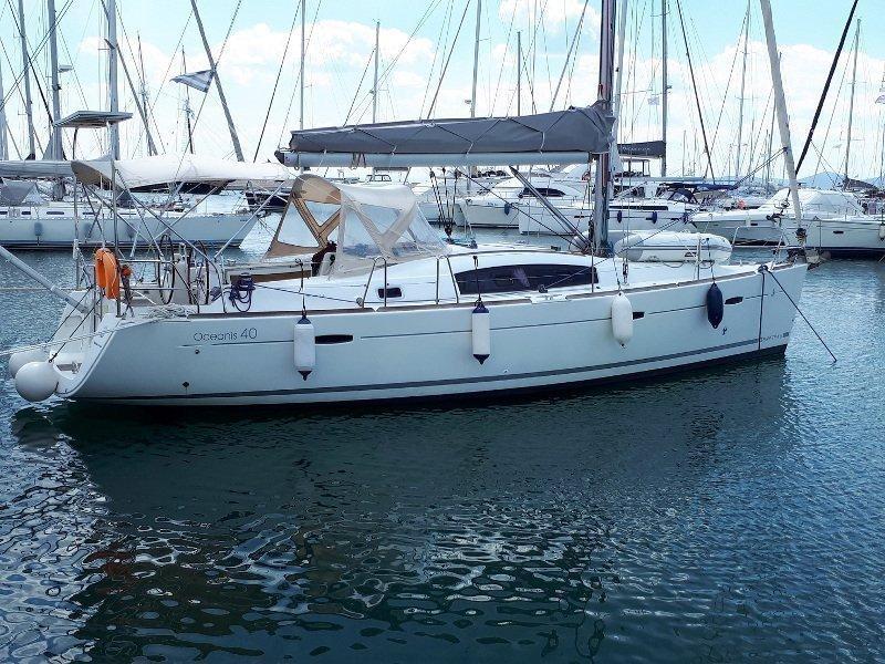 Beneteau Oceanis 40 (Tosca) Main image - 0