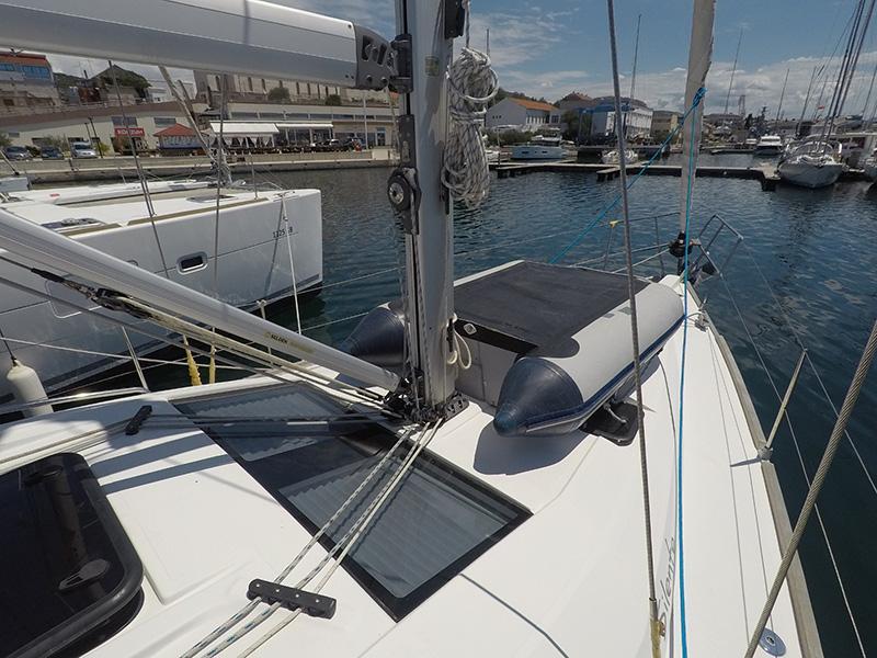 Elan 40 Impression (Silente - Bowthruster, large swimming platform, roll main sail, webasto heating) Elan 40 Impression - 20