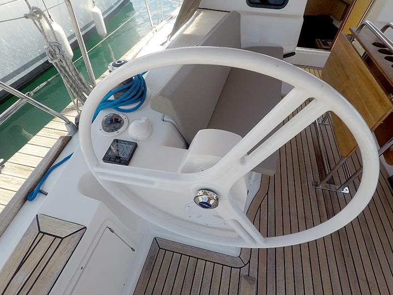 Elan 40 Impression (Silente - Bowthruster, large swimming platform, roll main sail, webasto heating) Elan 40 Impression - 13