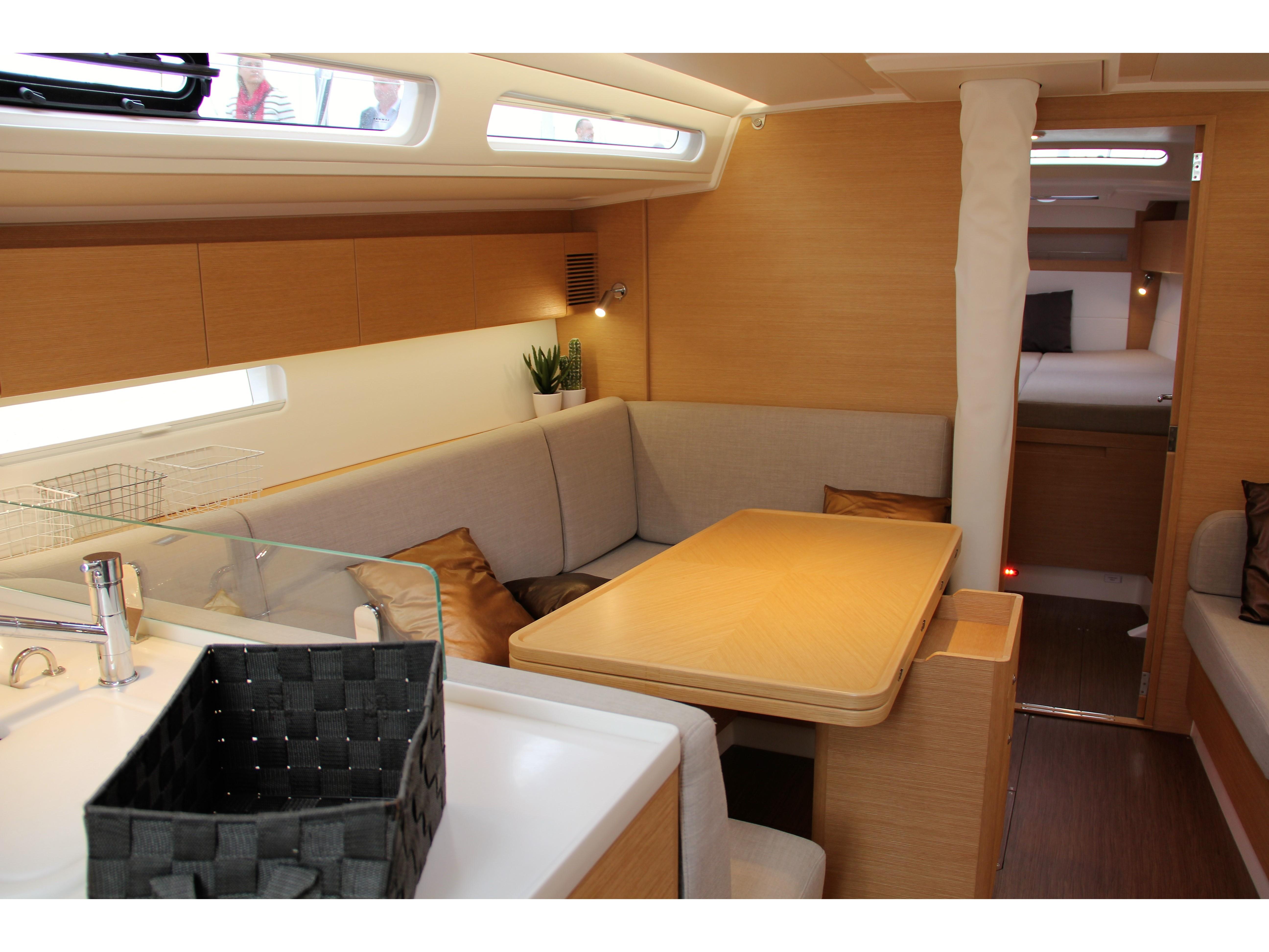 X-Yacht 4-3 (XIRENA*) Interior image - 1