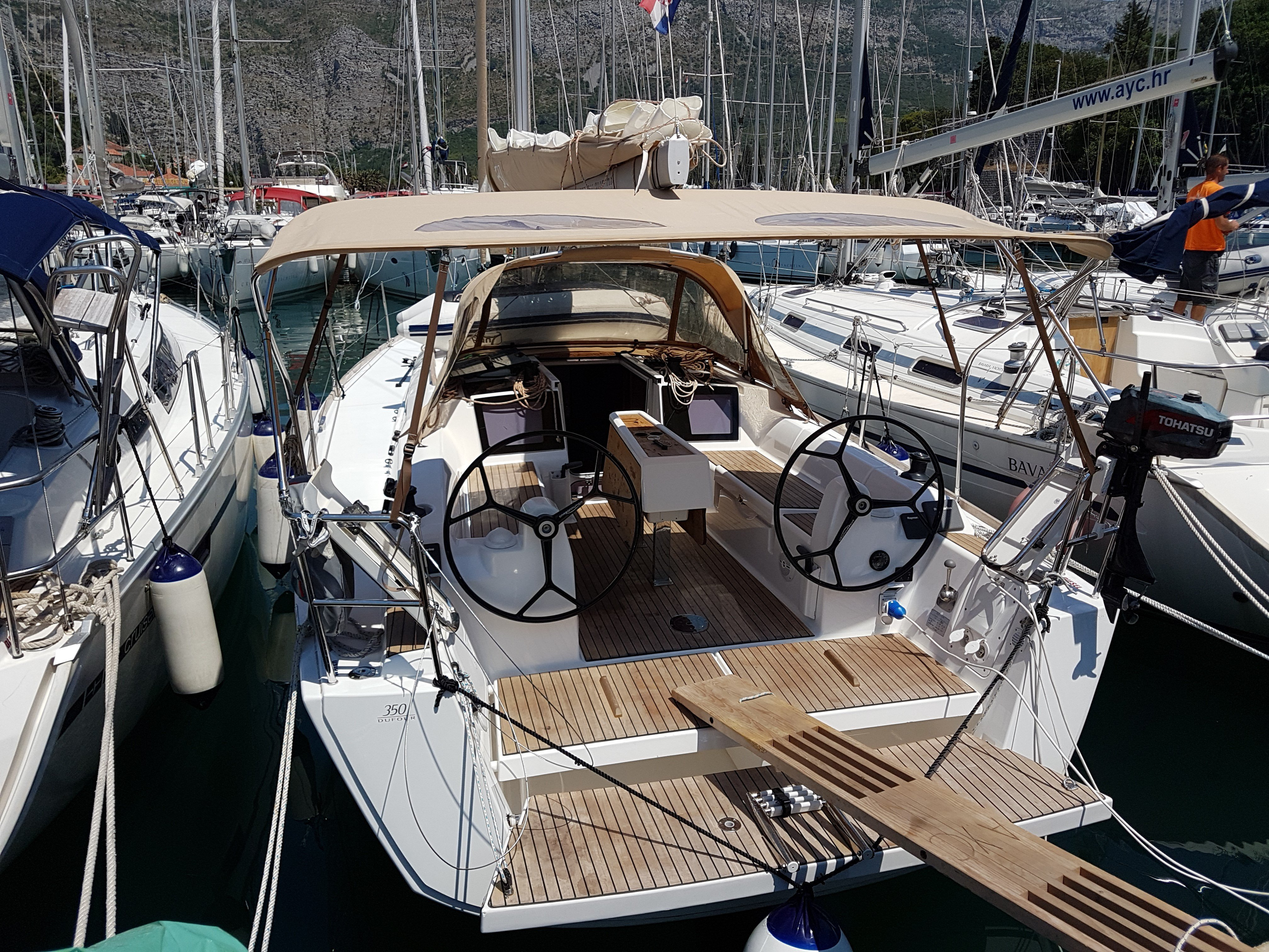 Dufour 350 Grand Large (Mare) Main image - 0