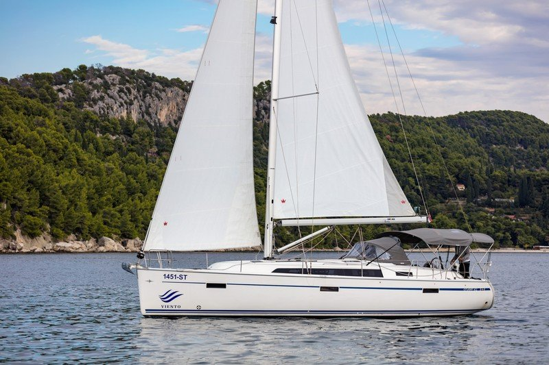 Bavaria Cruiser 41 (NINA with AC)  - 5