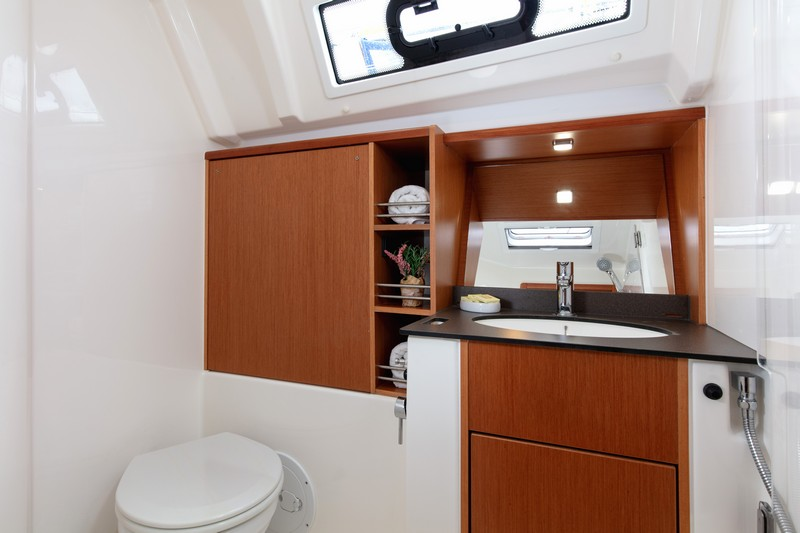 Bavaria Cruiser 41 (NINA with AC)  - 6