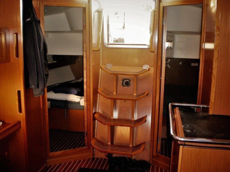 Bavaria 45 Cruiser (Esperos)  - 6