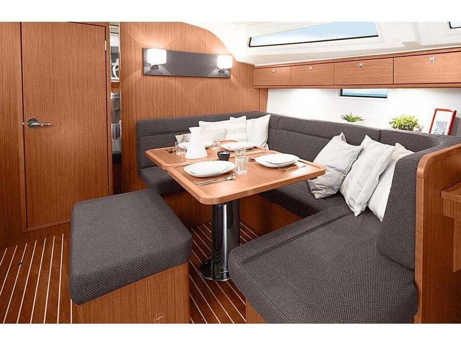 Bavaria Cruiser 41 (CARA MIA) Interior image - 2