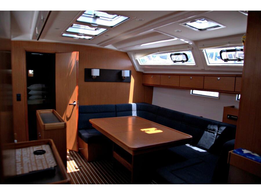 Bavaria Cruiser 46 (Faethon) Interior image - 1