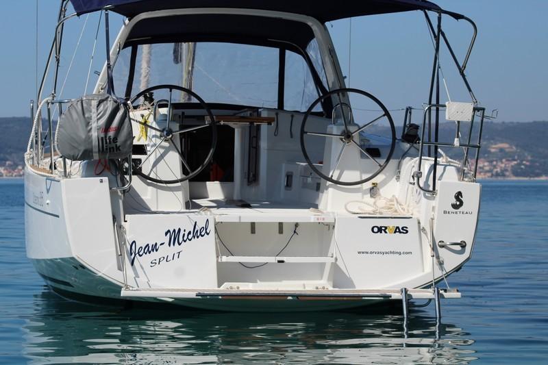 Beneteau Oceanis 35 (JEAN MICHEL)  - 5