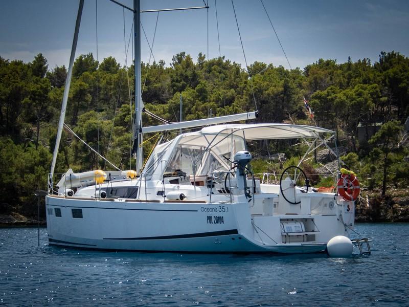 Beneteau Oceanis 35.1 (MAYA BAY 2 with AC)  - 6