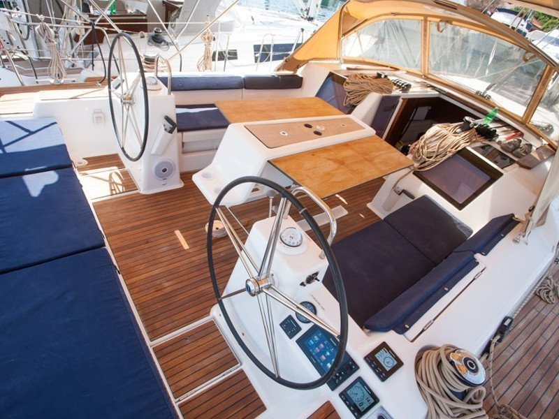 Dufour 460 Grand Large (SULACO (aircondition, generator, blue hull))  - 27
