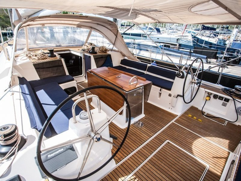 Dufour 560 Grand Large (LETO - fully equipped)  - 9