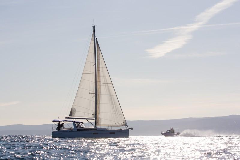 Beneteau Oceanis 38 (ARSEN)  - 13