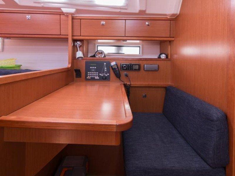 Bavaria Cruiser 41 (Ekavi)  - 12
