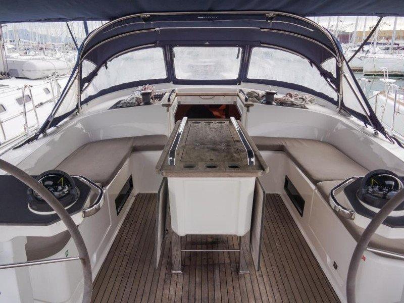 Bavaria Cruiser 56 (La Vestale)  - 22