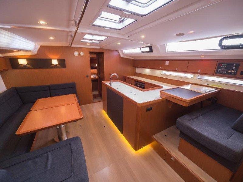 Bavaria Cruiser 56 (La Vestale)  - 8