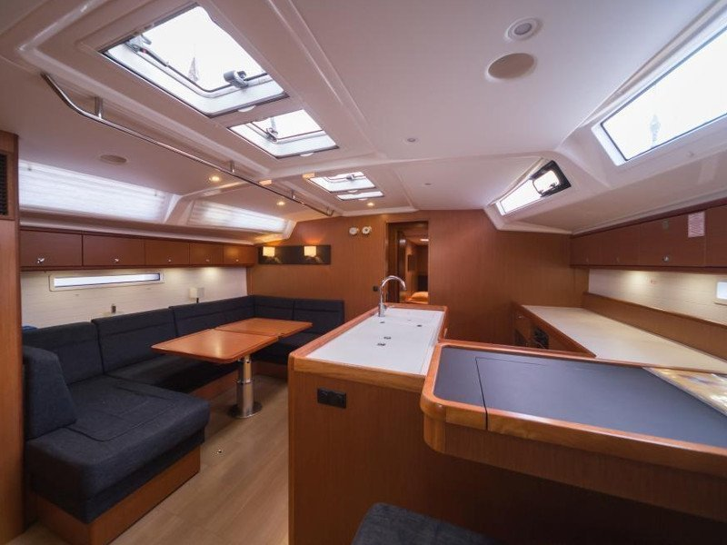 Bavaria Cruiser 56 (La Vestale)  - 10
