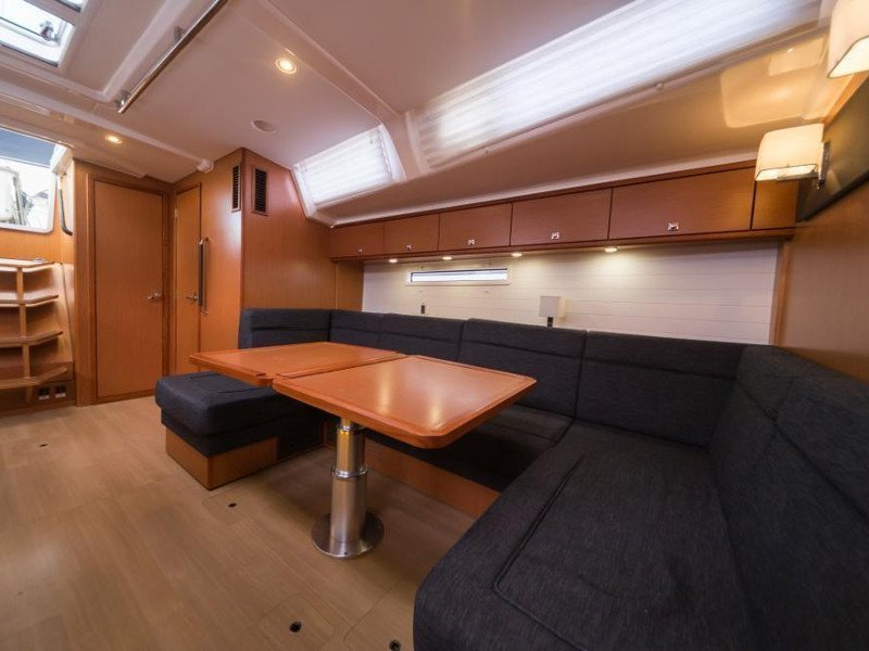 Bavaria Cruiser 56 (La Vestale)  - 13