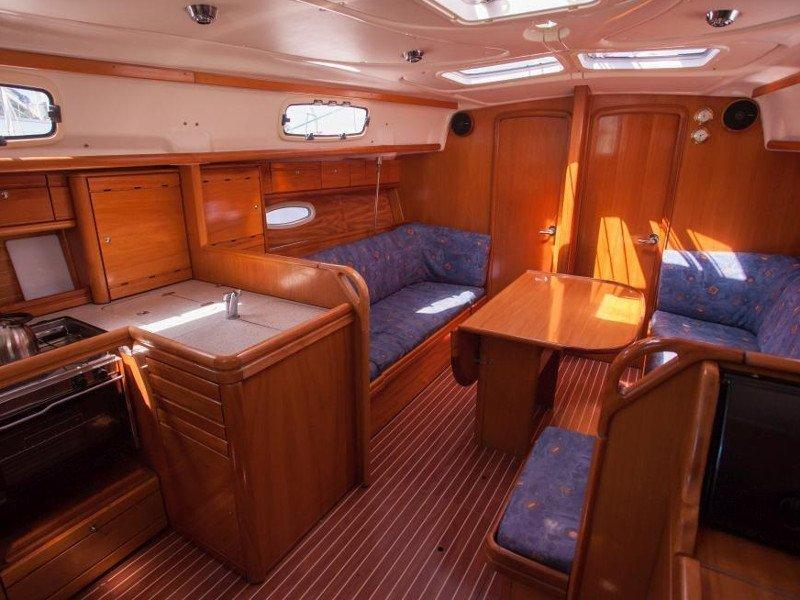 Bavaria 37 Cruiser (Veja)  - 3