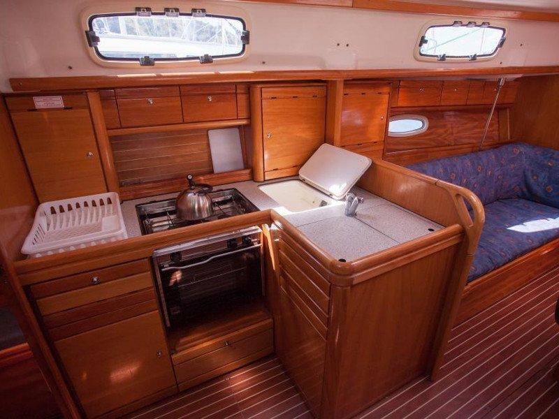 Bavaria 37 Cruiser (Veja)  - 6