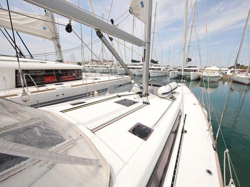 Oceanis 48 (San Clemente )  - 50