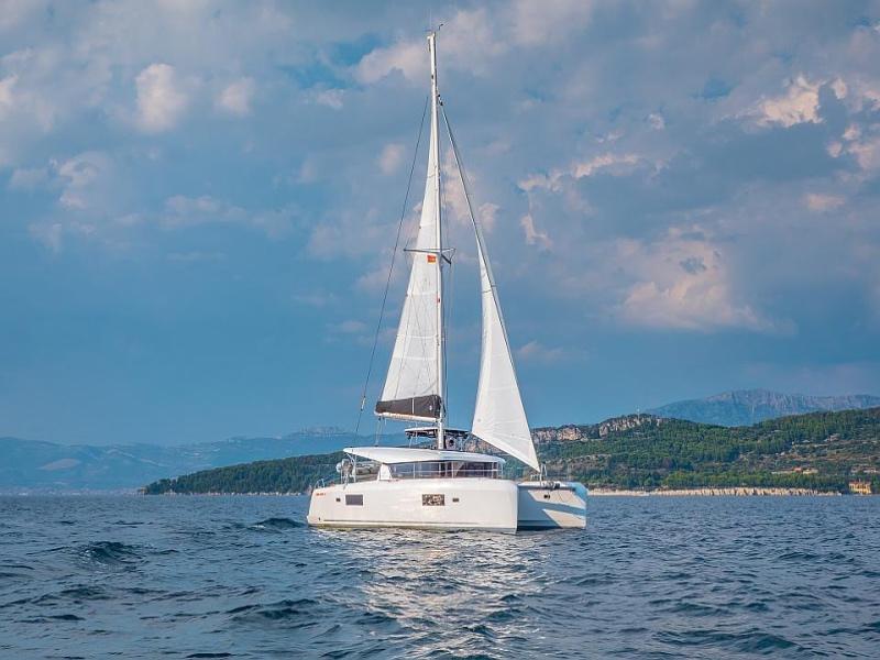 Lagoon 42 (SEA VOYAGER - CREWED)  - 17