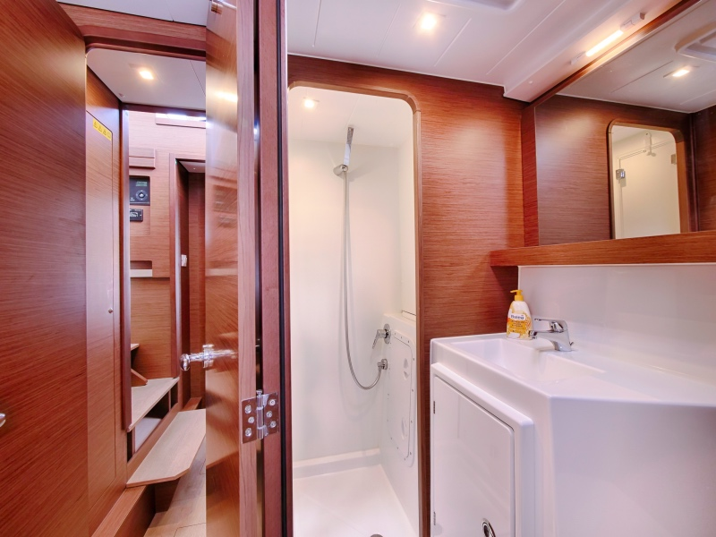 Lagoon 42 (SEA VOYAGER - CREWED)  - 9