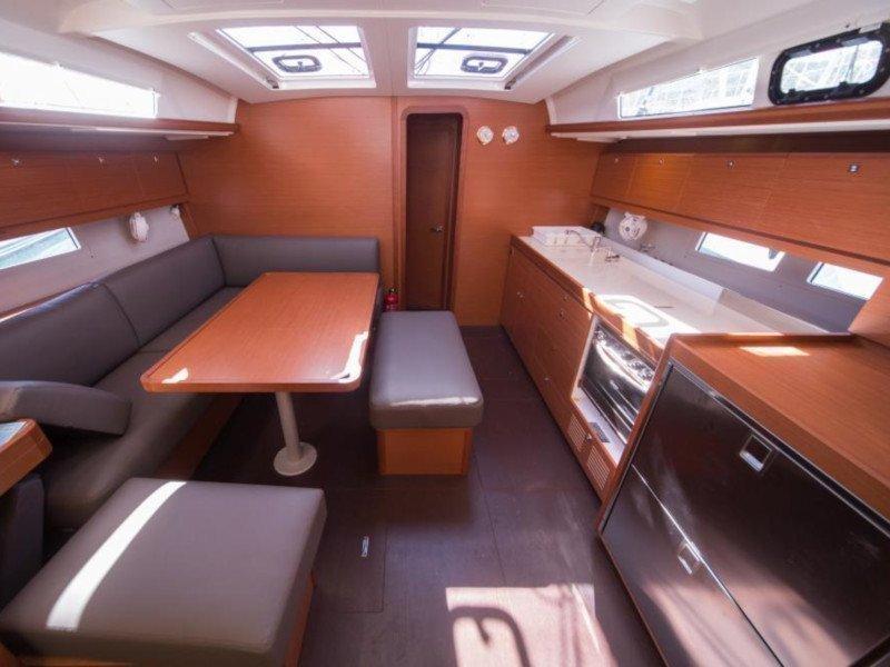 Dufour 460 Grand Large (Lipsi) Interior image - 15