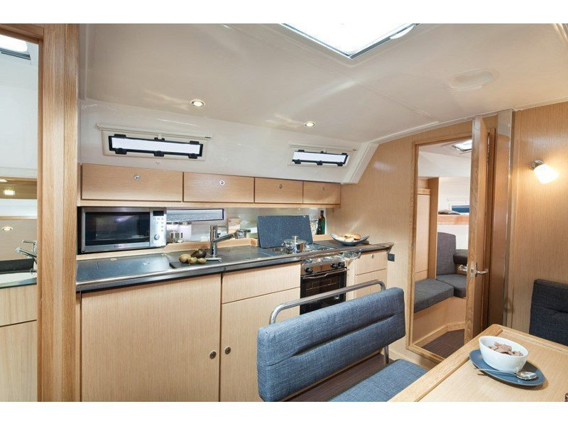 Bavaria 40 Cruiser S (CHASQUI) Interior image - 12