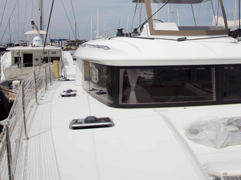 Lagoon 450  Flybridge (Grace)  - 28