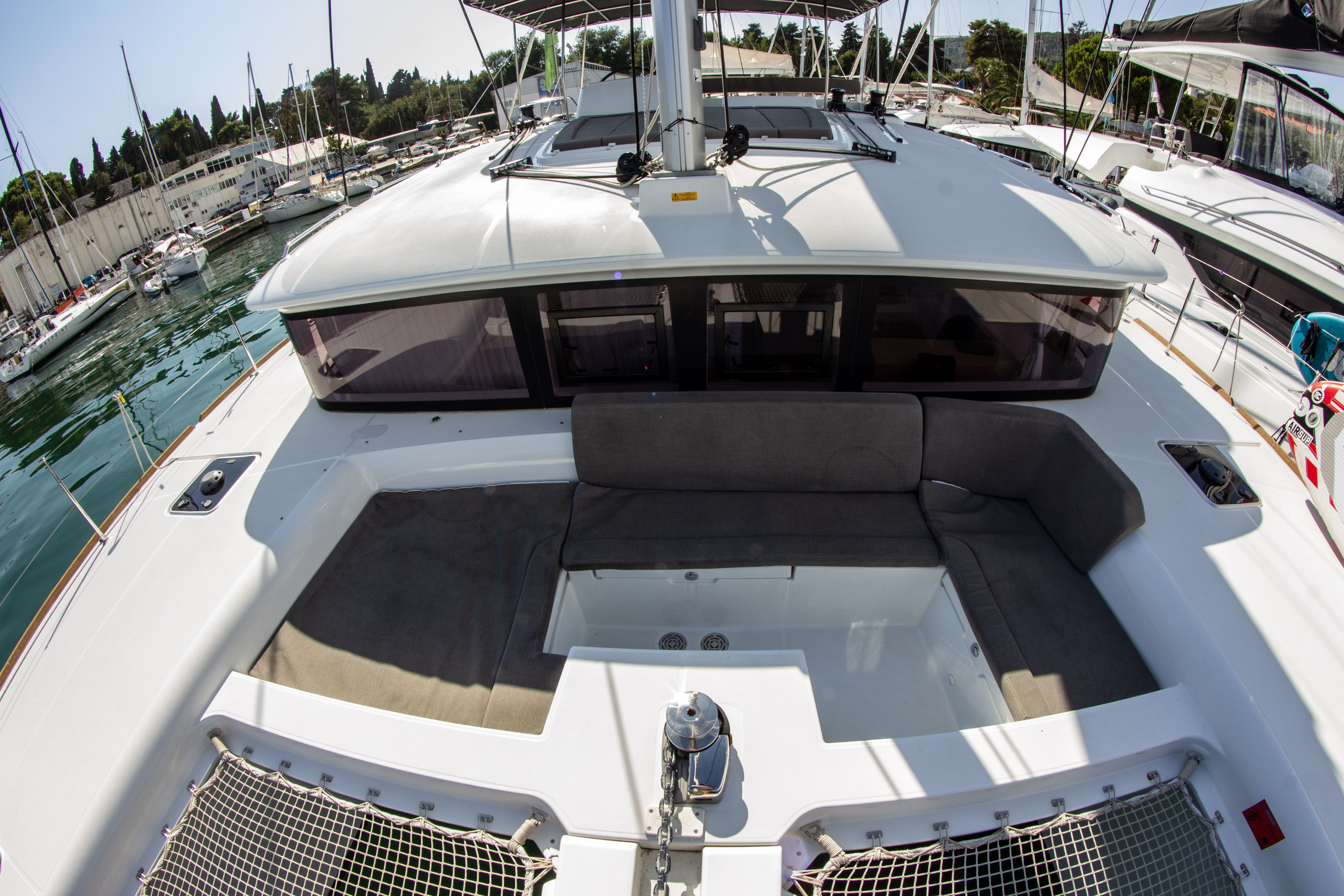 Lagoon 450 (2016) equipped with generator, A/C (sa (SMILE I)  - 10